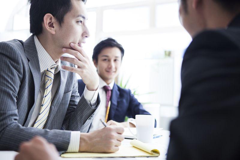 顧問とは?相談役・参与との違い、内部・外部顧問の役割、設置の ...